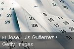Photo shwos calendar leaves © Jose Luis Gutierrez / Getty Images